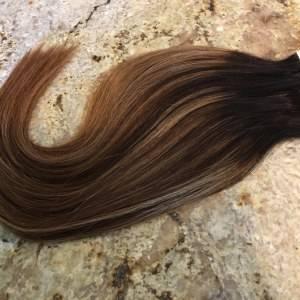 Mega Hair Fita Adesiva Cabelo Humano Liso Ombre Mechado Castanho Escuro,Caramelo e Loiro Mel